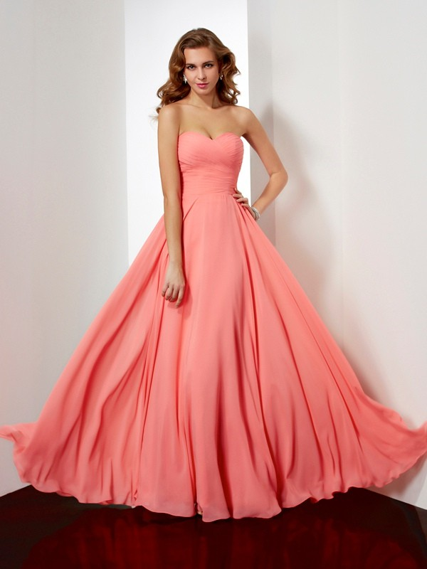 A-Line/Princess Sleeveless Sweetheart Pleats Long Chiffon Dresses