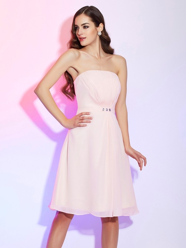 Sheath/Column Strapless Sleeveless Ruched Short Chiffon Bridesmaid Dresses