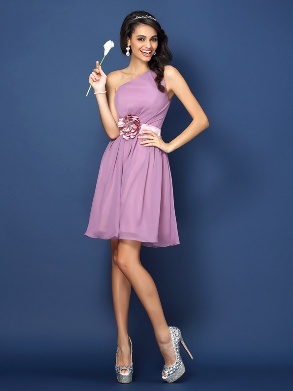 A-Line/Princess One-Shoulder Hand-Made Flower Sleeveless Short Chiffon Bridesmaid Dresses