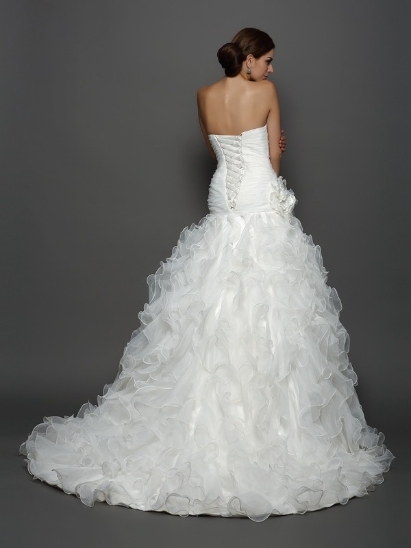 Ball Gown Strapless Hand-Made Flower Sleeveless Long Organza Wedding Dresses