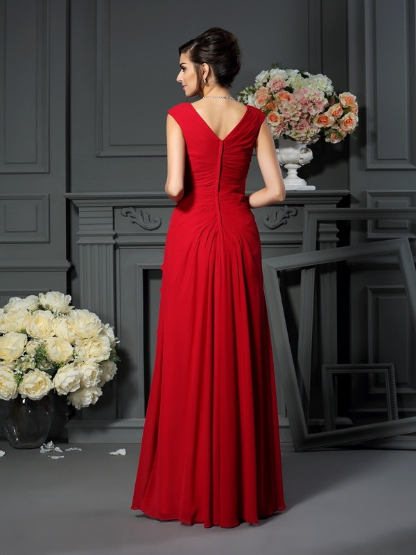 A-Line/Princess V-neck Hand-Made Flower Sleeveless Long Chiffon Mother of the Bride Dresses