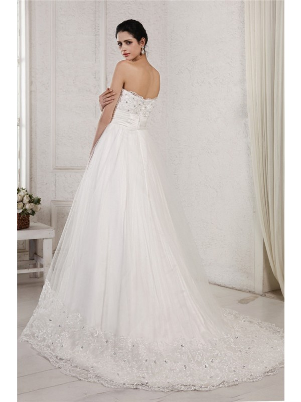 A-Line/Princess Sweetheart Sleeveless Beading Applique Long Net Wedding Dresses