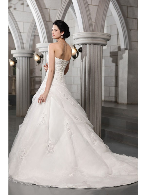 A-Line/Princess Sweetheart Sleeveless Beading Applique Long Organza Wedding Dresses
